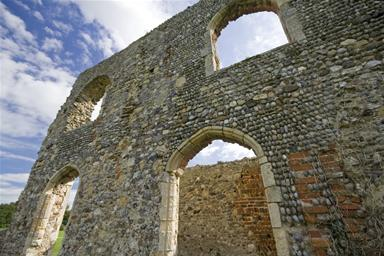 Ruinas de la abadia franciscana de Dunwich