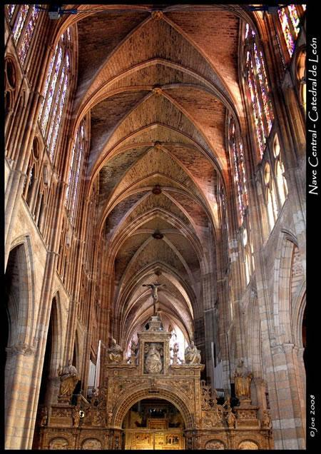 nave central catedral de León