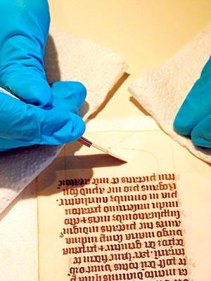 Análisis manuscrito medieval